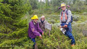 På bildet: Randi Helleberg, Berit og Trygve Næsheim
